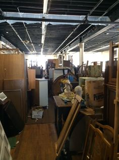 Pin to furnish forward: What's a warehouse full of old furniture? Heaven, of course! #GarageSaleChallenge http://www.sauder.com/Furnish-Forward-Blog/August-2014/Garage-Sale-Challenge-Going-for-the-Gold-(Leaf).aspx