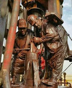 Cat Engines, Drilling Rig, Oil Industry, Oil Rig, Equipment For Sale, Oil And Gas, Workwear, Aprons, Rigs