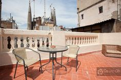 """This fan wants to see the Sagrada Família up close in #Barcelona: """"It's been a dream of mine to see the Sagrada Familia, and what a perfect way to see it - from the terrace of this gorgeous apartment!"""" #GowithOh"""