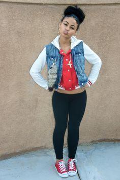 Cute look..converse and leggings!