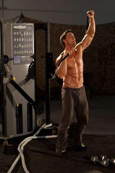 Allenamento per contrastare le contratture muscolari alla spalla (Foto 2/40) | Tantasalute