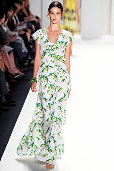 I would die a happy woman in this dress. Carolina Herrera Spring 2012