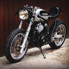 ..._Benelli Cafe Racer / Combustible Contraptions