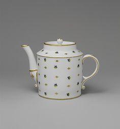 Teapot ca. 1780 Île-de-France, Paris, France