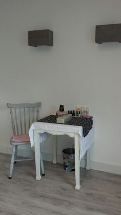 Ruimte voor manicure en gellak Jo's Feet & Skincare leerdam