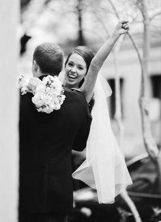 Ich wünsche es jeder Braut an ihrer Hochzeit so glücklich auszusehen.