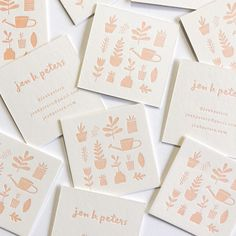 Modern botanical graphics on a business card. Square business card with graphics. Cute Business Cards, Square Business Cards, Letterpress Business Cards, Creative Business Cards, Packaging Box, Print Packaging, Web Design, Brand Design, Logo Design