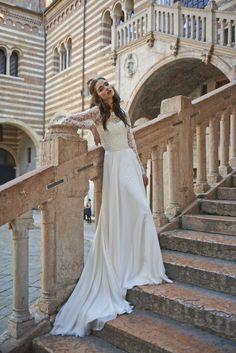 Lilliannna Dress at Torre di Lombardi Verona Italy. 1 #weddingdress #stephanieallin #lverona #bridaldesign #italianwedding #weddinginspiration #fashion