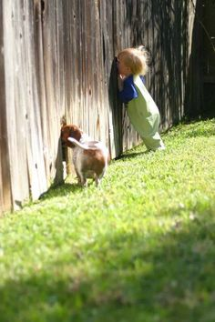 Pets and children. Photos of kids hanging with their best friends. Adorable pets and kids. Who was your best friend as a child. Animals For Kids, Animals And Pets, Baby Animals, Funny Animals, Cute Animals, Funny Pets, Cute Kids, Cute Babies, Baby Kids