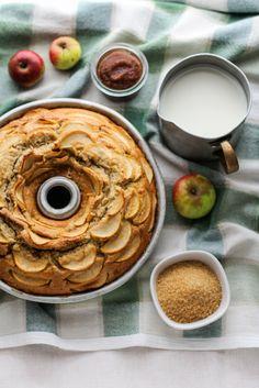 Torta di farro con mele e vaniglia