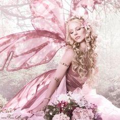 Fairy by TinyCarmen