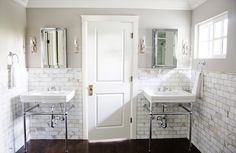 pretty bathroom via white + gold design