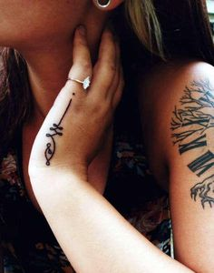 tatuajes unalome manos-