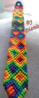 http://www.braceletbook.com/pattern_normal/13486.html