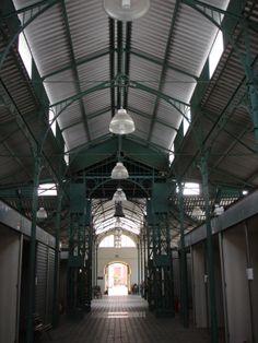 Vista interna do mercado, Pelotas, RS