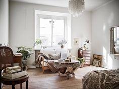 Vintage studio apartment