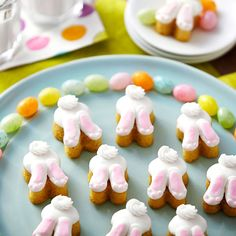 Fill Easter baskets or your spring dessert tables with cute bunny bottoms. They're easy to make using the Wilton 24-Cavity Bunny Silicone Treat Mold and buttercream icing. Bunny Tail Mini Cakes