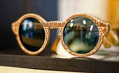 Handcrafted wooden glasses with laser engraved texture by Ociaj