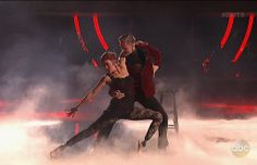 Derek Hough and Amy Purdy's Week 8 Argentine Tango earned them a perfect score.