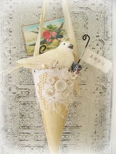 Victorian Paper Cone for  Spring...a perfect and simple idea to brighten a dreary late winter!