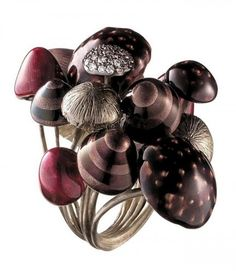 H.Stern inspired by Tim Burton's film created a stunning collection of rings. Mushroom ring.