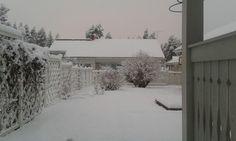 Lunta tulvillaan, on raikas talvisää