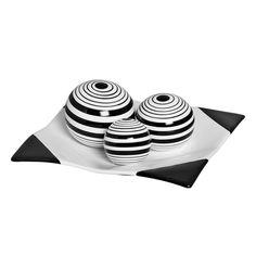 Garantindo charme e elegância, este Jogo Esferas Listradas Decorativa é ideal para a decoração da sua casa ficar completa.