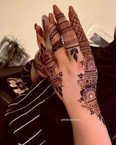 Modern Henna Designs, Latest Bridal Mehndi Designs, Stylish Mehndi Designs, Mehndi Designs For Girls, Mehndi Design Photos, Wedding Mehndi Designs, Mehndi Designs For Fingers, Best Mehndi Designs, Mehndi Designs For Hands
