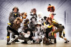 Our Cats Group. (photo by kashikosa)  #CorvaanCosplay #CatsMusical
