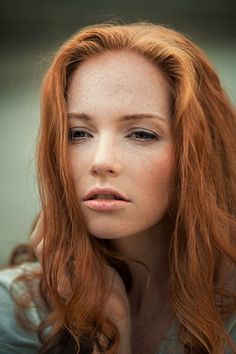Beautiful face but then all redheads are beautiful to me they drive me crazy 😜 I Love Redheads, Redheads Freckles, Freckles Girl, Beautiful Freckles, Beautiful Red Hair, Natural Red Hair, Natural Redhead, Red Hair Woman, Woman Face