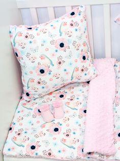 """Kolekcja """"Różowe ptaszki"""" wykonana z najwyższej jakości bawełny premium oraz oryginalnego minky Shannon Fabrics."""