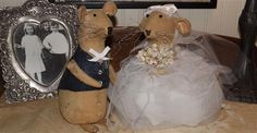 One of a Kind Bride and Groom Mouse available in my shoppe... www.countrycraftsncandies.com