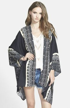 Free shipping and returns on Leith Print Kimono at Nordstrom.com. An ornate pattern print embellishes a lightweight open-front kimono designed in a billowing silhouette.