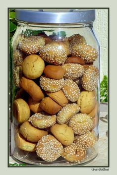 Greek Sweets, Greek Desserts, Cookie Desserts, Greek Recipes, Desert Recipes, Cookie Recipes, Koulourakia Recipe, Greek Cake, Greek Cookies