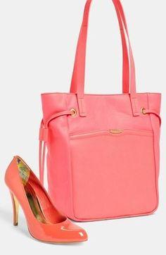 Melon handbag  pumps.
