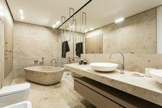 cuartos de baño con marmol bañera lavabo led