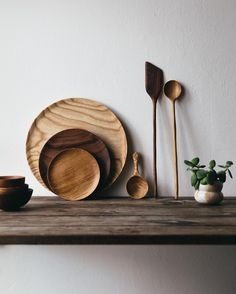 The inherent beauty in the art of crafting something from nature by hand. How unique the textures tones and grains on every piece are their history being revealed slowly by the makers process. We are in love with this new collection of pieces created for our store by @forestandfound which is all available on our site now. Have a great Thursday all.