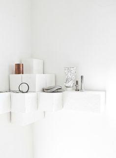 DIY cube shelf - modern, minimal.