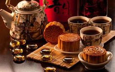 Do you think a cup of #Longjing #tea is the best to complete your mooncake savour ? #foodporn#mooncake #tea #chinese #culture