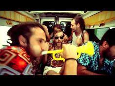 """""""Miranda"""", La Pegatina (videoclip) - YouTube"""