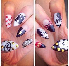 10 Incredible Disney Themed Nails - Likes Mickey Mouse Nail Art, Minnie Mouse Nails, Mickey Mouse Nails, Disney Mickey, Disney Mouse, Disney Parks, Cute Nail Art, Cute Nails, Simple Nail Designs