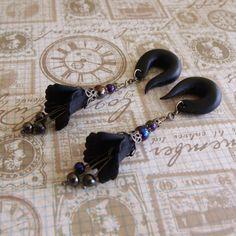 black dancing trumpet gauged earrings