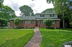 East Islip, 3800 Sq Ft,  5 BR's 4 Full Bath's