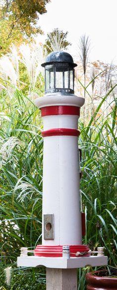 Functional Bird Light House Made by EclecticArtsDesign Building Bird Houses, Cool Bird Houses, Fairy Houses, Beautiful Birds, Beautiful Homes, Bird Tables, Garden Boxes, Garden Ideas, Wild Birds