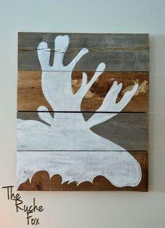 Moose Silhouette Painting on Reclaimed Wood van TheRucheFox op Etsy Moose Silhouette, Silhouette Painting, Wood Projects, Projects To Try, Wood Crafts, Diy Crafts, Pallet Art, Pallet Wood, Barn Wood