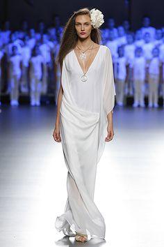 Madrid Fashion Week: Duyos: Blanco en 360º - Foto 1 de 45   Yodona   EL MUNDO