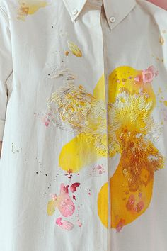 <p>Art and fashion have always gone hand in hand. Sometimes it's the artist that makes the clothes; other times it's the clothes that make the artist. But for the new 'Artist At Home' coll