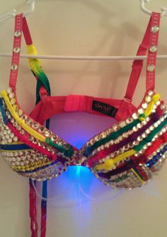 Custom made to order rainbow knotted design by Smokinghotdivas, $50.00