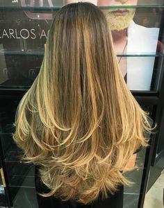 Long+Layered+Hair+With+Blonde+Balayage