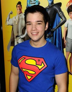 He can be my superman! Sweet Guys, Hot Guys, Icarly Cast, Nathan Kress, My Superman, Miranda Cosgrove, Cute Actors, Height And Weight, Good Looking Men